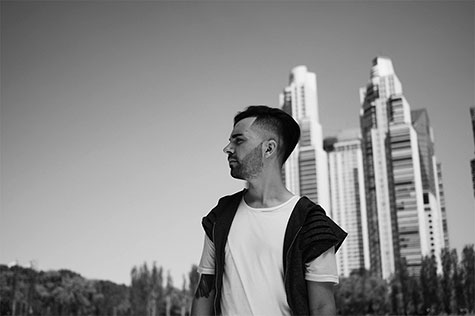 Sello Discográfico - Productora Musical - Bam Louzau Videoclip
